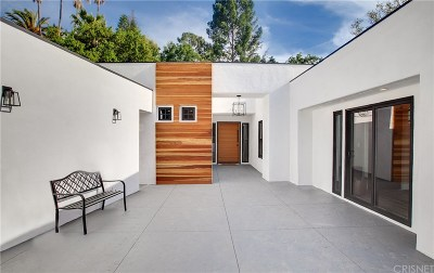 Encino Single Family Home For Sale: 16688 Oldham Street