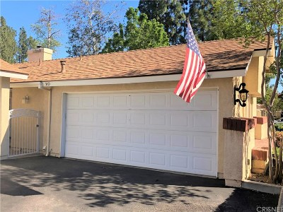Saugus Condo/Townhouse Active Under Contract: 22811 Banyan Place #369
