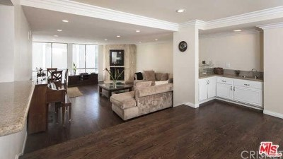 Beverly Hills Condo/Townhouse For Sale: 321 North Oakhurst Drive #303