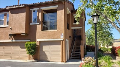 Canyon Country Condo/Townhouse For Sale: 17967 Lost Canyon Road #69