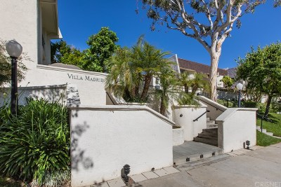 Woodland Hills Condo/Townhouse For Sale: 22227 Erwin Street