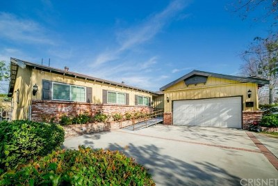 North Hills Single Family Home For Sale: 16513 Knapp Street