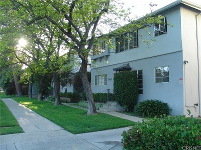 Toluca Lake Condo/Townhouse Active Under Contract: 10823 Whipple Street #6