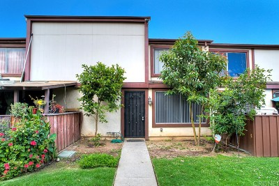 Panorama City Condo/Townhouse For Sale: 14501 Tupper Street #59