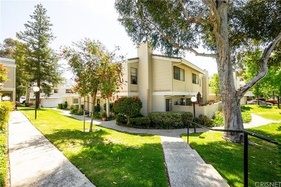 Simi Valley Condo/Townhouse Active Under Contract: 6490 Stoney View Lane #1