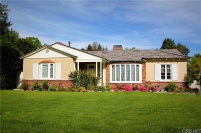 Valley Village Single Family Home Active Under Contract: 4950 Carpenter Avenue