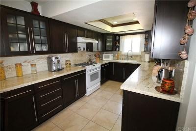 Valley Glen Condo/Townhouse For Sale: 5604 Rhodes Avenue #307