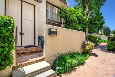 Woodland Hills Condo/Townhouse Sold: 6246 Nita Avenue