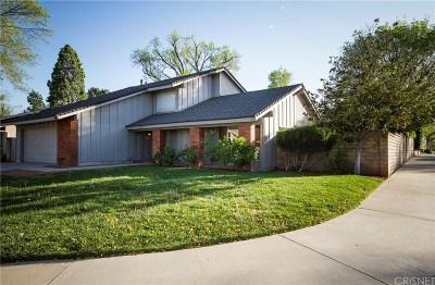 Valencia Single Family Home For Sale: 25525 Via Juana