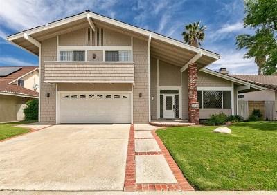 Valencia Single Family Home Active Under Contract: 25148 Avenida Rondel
