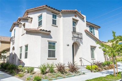 Saugus Single Family Home For Sale: 27508 Pinecrest Court