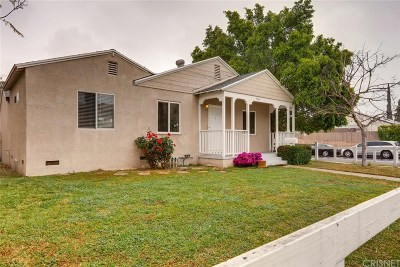 Single Family Home Active Under Contract: 17341 Burbank Boulevard