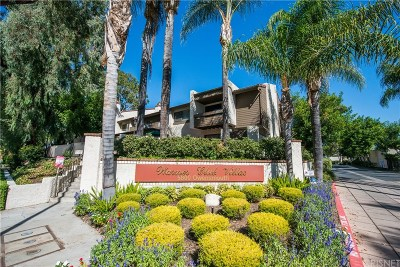 Woodland Hills Condo/Townhouse For Sale: 5800 Owensmouth Avenue #48