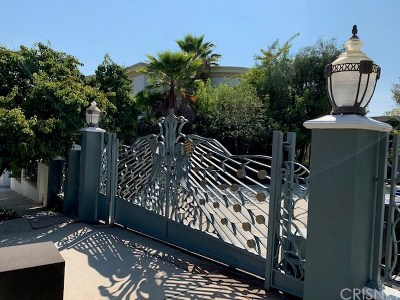 Los Angeles County Single Family Home For Sale: 4151 Falling Leaf Drive