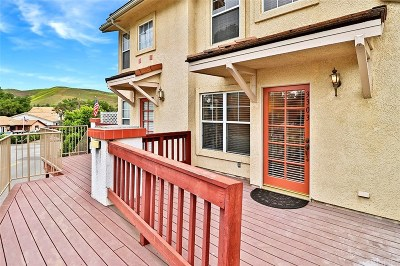 Westlake Village Condo/Townhouse For Sale: 3303 Holly Grove Street