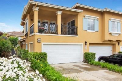 Valencia Condo/Townhouse For Sale: 24155 Gardenia Court #108