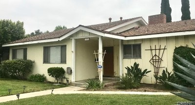 Granada Hills Single Family Home For Sale: 16318 Devonshire Street