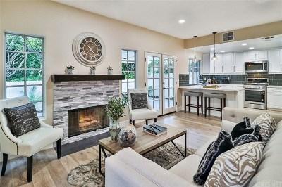 Westlake Village Condo/Townhouse For Sale: 5562 Ridgeway Court