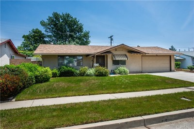 Chatsworth Single Family Home For Sale: 10014 Keokuk Avenue
