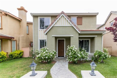 Valencia Single Family Home Active Under Contract: 27663 Sunny Creek Drive