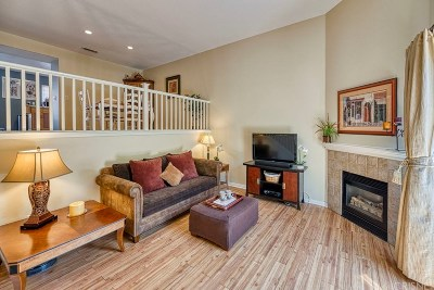 Stevenson Ranch Condo/Townhouse For Sale: 25711 Holiday Circle #B