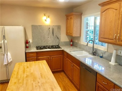 Northridge Single Family Home For Sale: 16909 Citronia Street