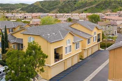 Saugus Condo/Townhouse For Sale: 20000 Plum Canyon Road #1213
