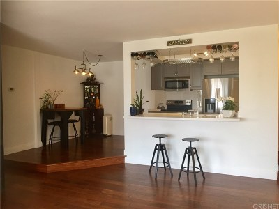 Rental For Rent: 11820 Mayfield Avenue #318