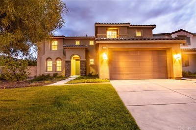 Canyon Country Single Family Home For Sale: 27203 Golden Willow Way