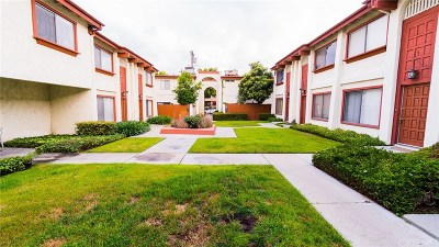 Alhambra Condo/Townhouse For Sale: 738 South Chapel Avenue #14
