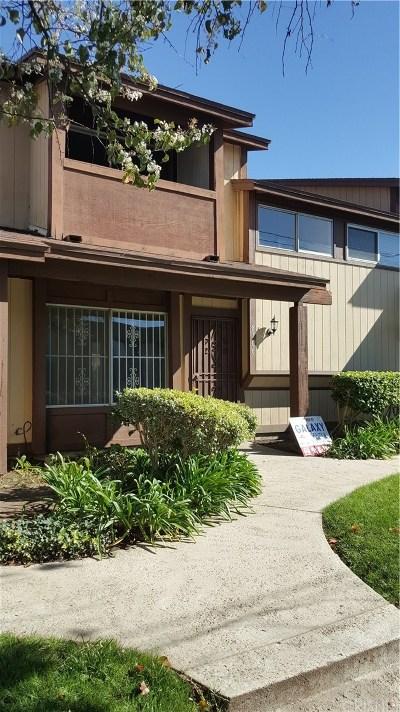 Panorama City Condo/Townhouse For Sale: 8706 Willis Avenue