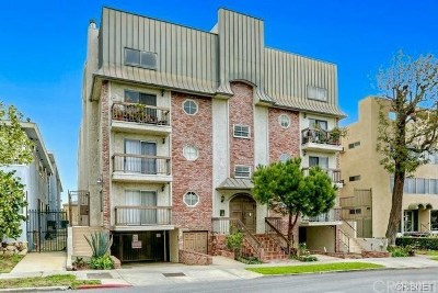 Los Feliz Condo/Townhouse For Sale: 1750 North Harvard Boulevard #111