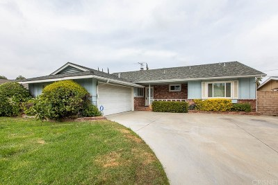 Northridge Single Family Home For Sale: 9162 Petit Avenue