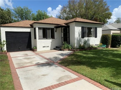 Panorama City Single Family Home Active Under Contract: 8052 Lemona Avenue