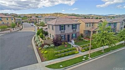 Los Angeles County Single Family Home Active Under Contract: 28667 Vista Del Rio Drive