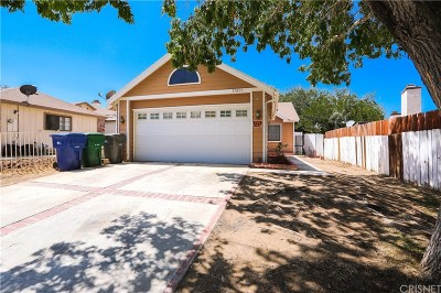 Palmdale Single Family Home For Sale: 37633 15th Street East