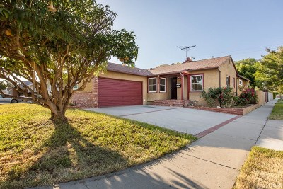 Reseda Single Family Home Active Under Contract: 18741 Cohasset Street