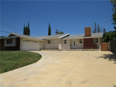 Chatsworth Single Family Home Active Under Contract: 10610 Lurline Avenue