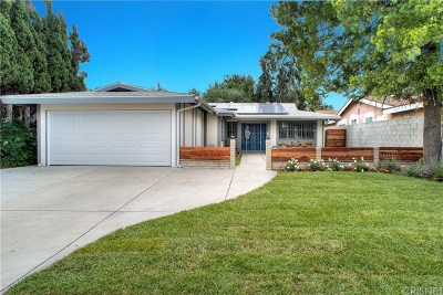 North Hills Single Family Home For Sale: 9713 Orion Avenue