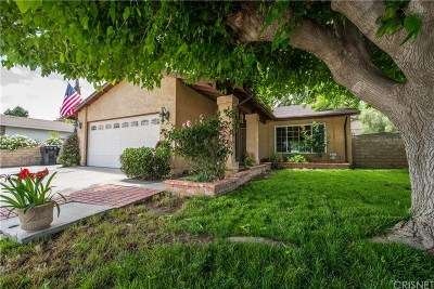 Castaic Single Family Home Active Under Contract: 31611 Cherry Drive