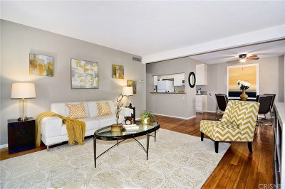 Condo/Townhouse For Sale: 5460 White Oak Avenue #K202