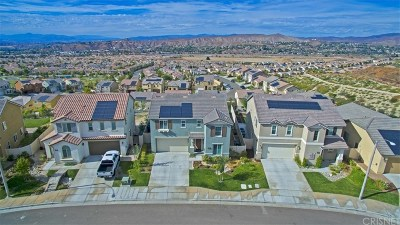 Canyon Country Single Family Home Active Under Contract: 17115 Princess Tree Court