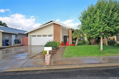 Valencia Single Family Home For Sale: 25408 Via Jardin