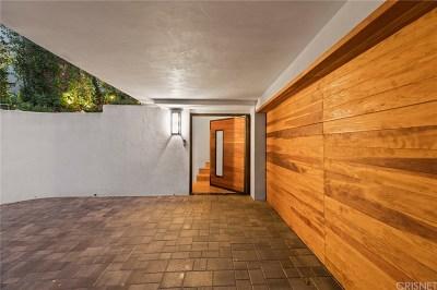 Los Angeles Single Family Home For Sale: 7436 Del Zuro Drive
