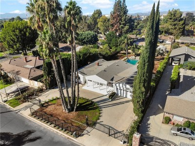 Northridge Single Family Home For Sale: 9403 Vanalden Avenue