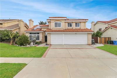 Simi Valley Single Family Home For Sale: 2164 Brownstone Creek Avenue