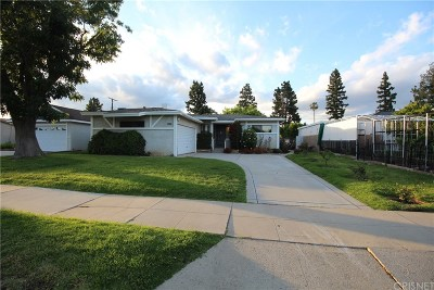 Mission Hills San Fernando Single Family Home Active Under Contract: 14933 Tuba Street