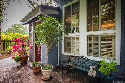 Woodland Hills Condo/Townhouse For Sale: 23161 Mulholland Drive #5