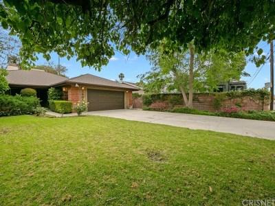 Encino Single Family Home Active Under Contract: 18034 Calvert Street