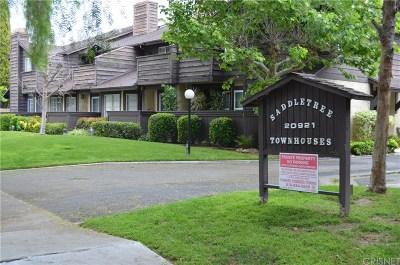 Canoga Park Condo/Townhouse Active Under Contract: 20921 Community Street #18